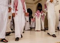 الرياض تلوح بورقة المبتعثين لكسر رقم الموظفين الأجانب في القطاع الحكومي